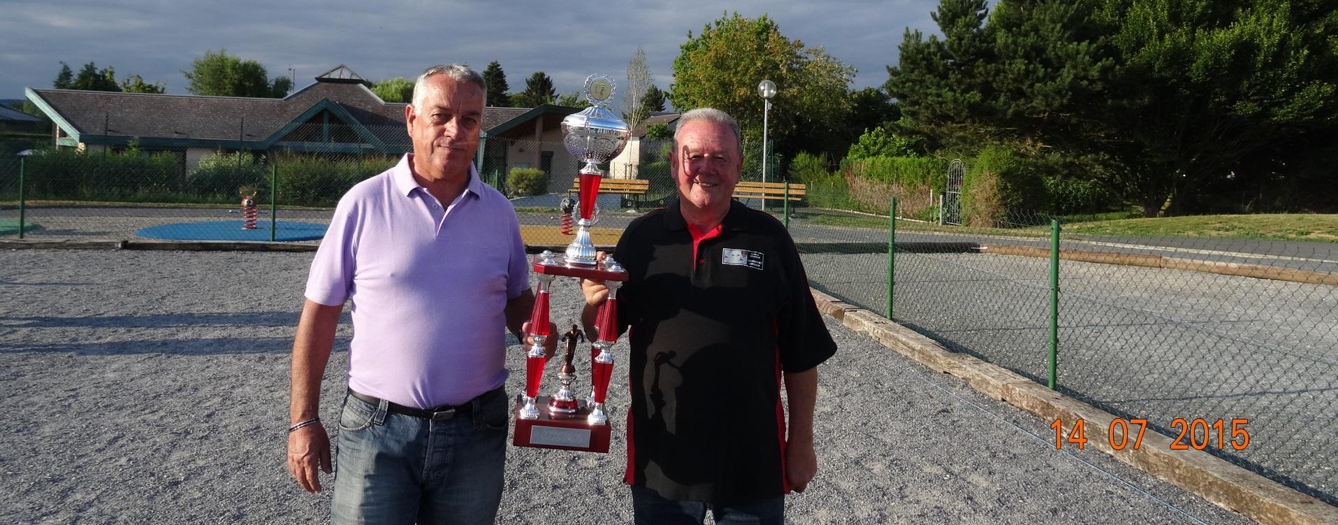 Vainqueurs Concours 14 juillet 2015 Petanque Ardennes